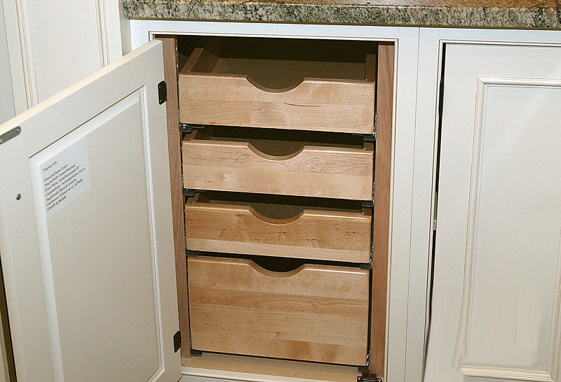 In Cabinet Drawer Pull Outs