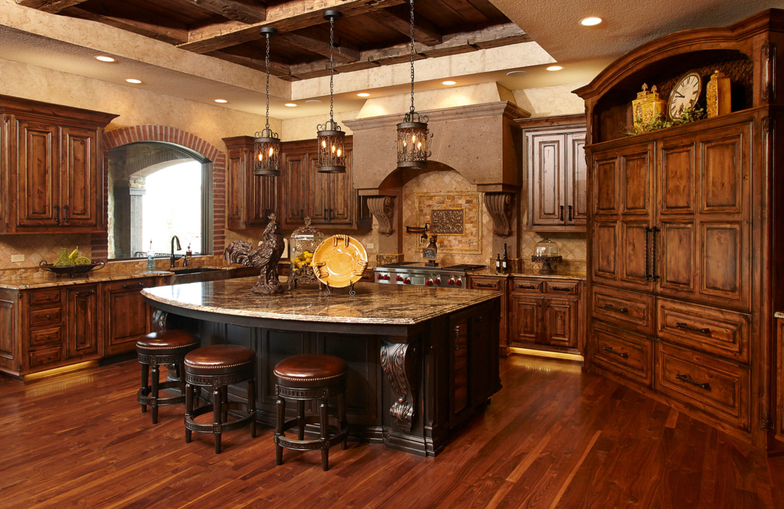 Rustic Kitchen using Knotty Alder